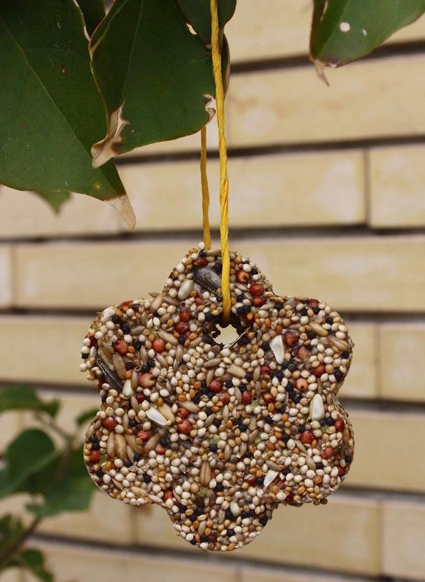Bird Feeder Craft for Toddlers