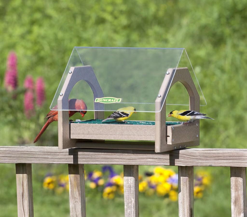 Как сделать кормушку для птиц 7