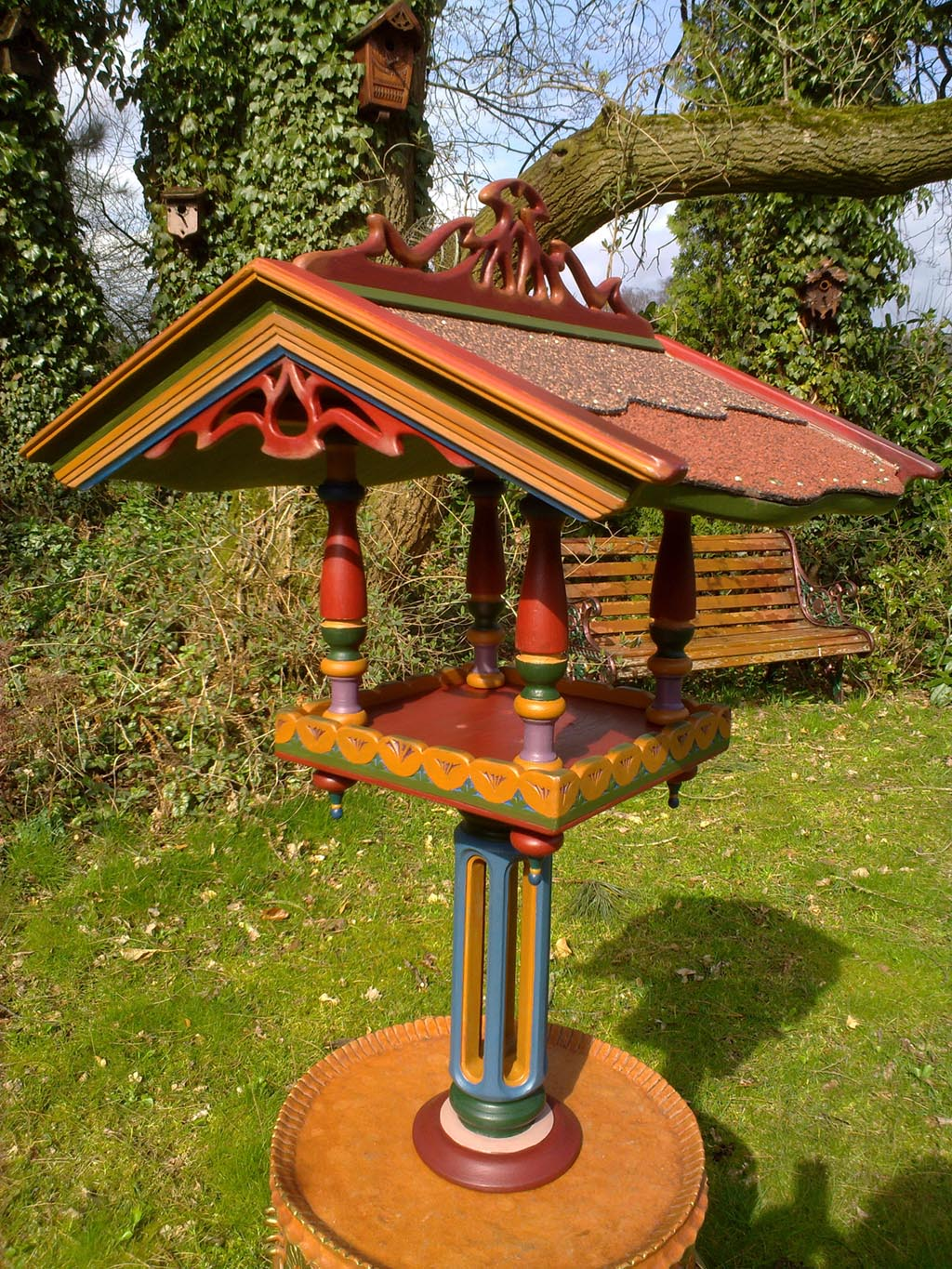 Bird Feeder House on Pole