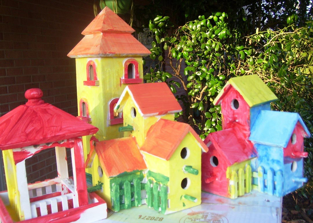 Ideas for Painting Bird Houses